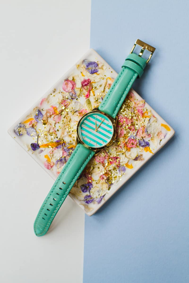 diy-confetti-tray-natural-petal-colourful-shropshire-petals-gift-tutorial-glitter-8