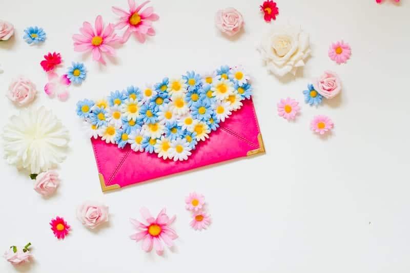 diy-floral-flower-bridesmaid-clutch-tutorial-low-res-3