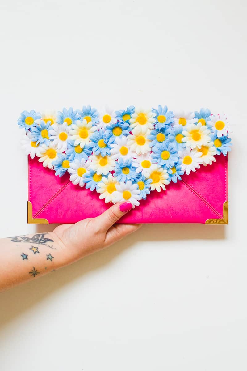 diy-floral-flower-bridesmaid-clutch-tutorial-low-res-4
