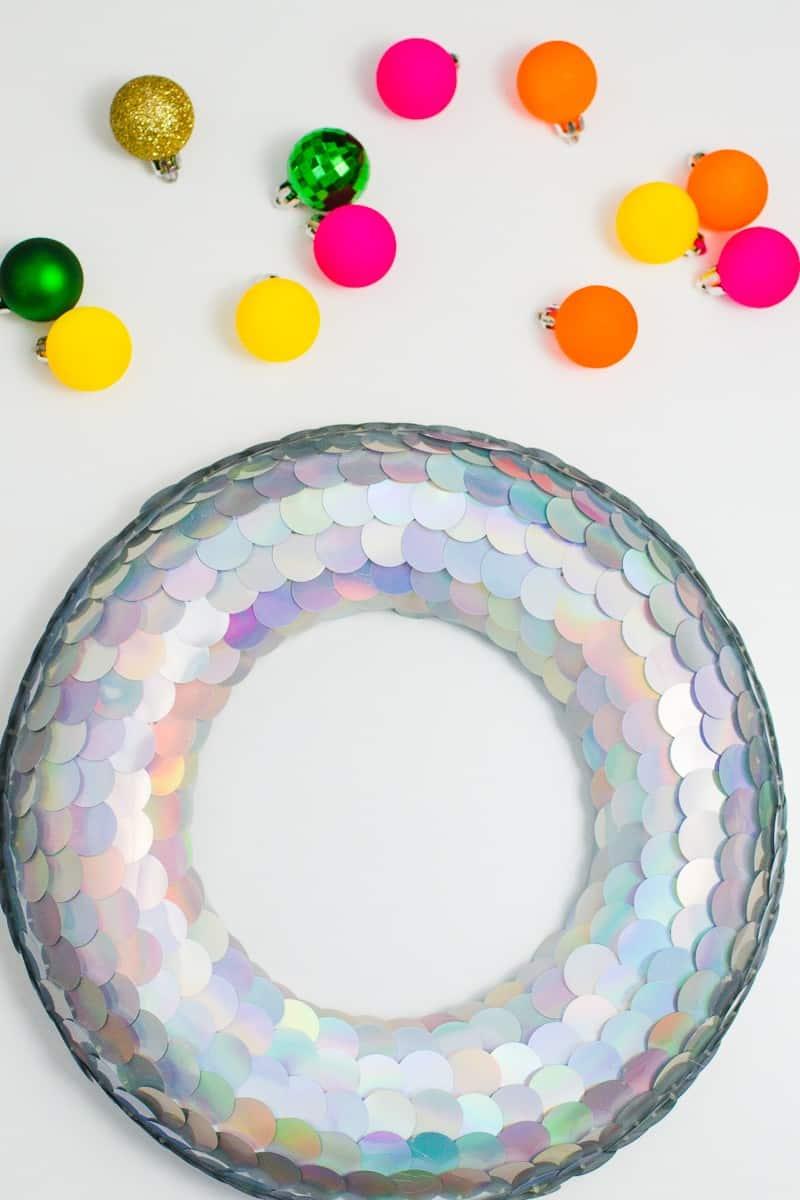 diy-sequin-christmas-wreath-unique-wreath-tutorial-mermaid-christmas-decorations-1