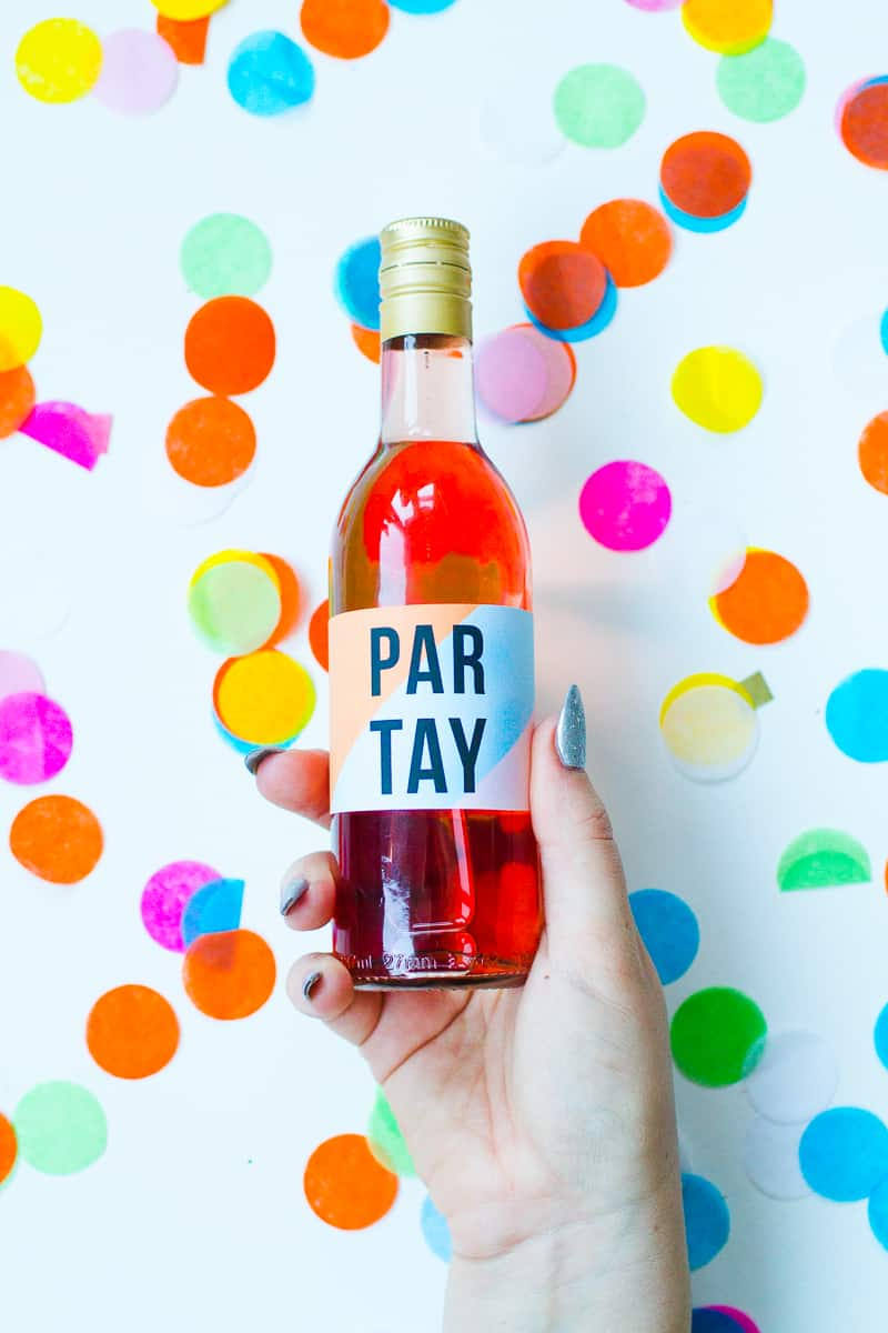free-printable-bottle-wrappers-new-years-eve-party-slogan-graphic-geometric-colourful-fun-labels-11