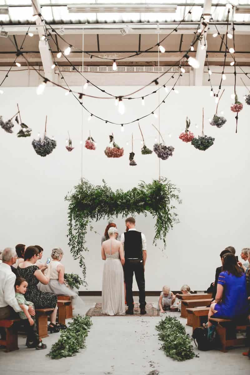 2016-reader-favourites-edgy-minimalistic-wedding-in-a-birmingham-art-gallery