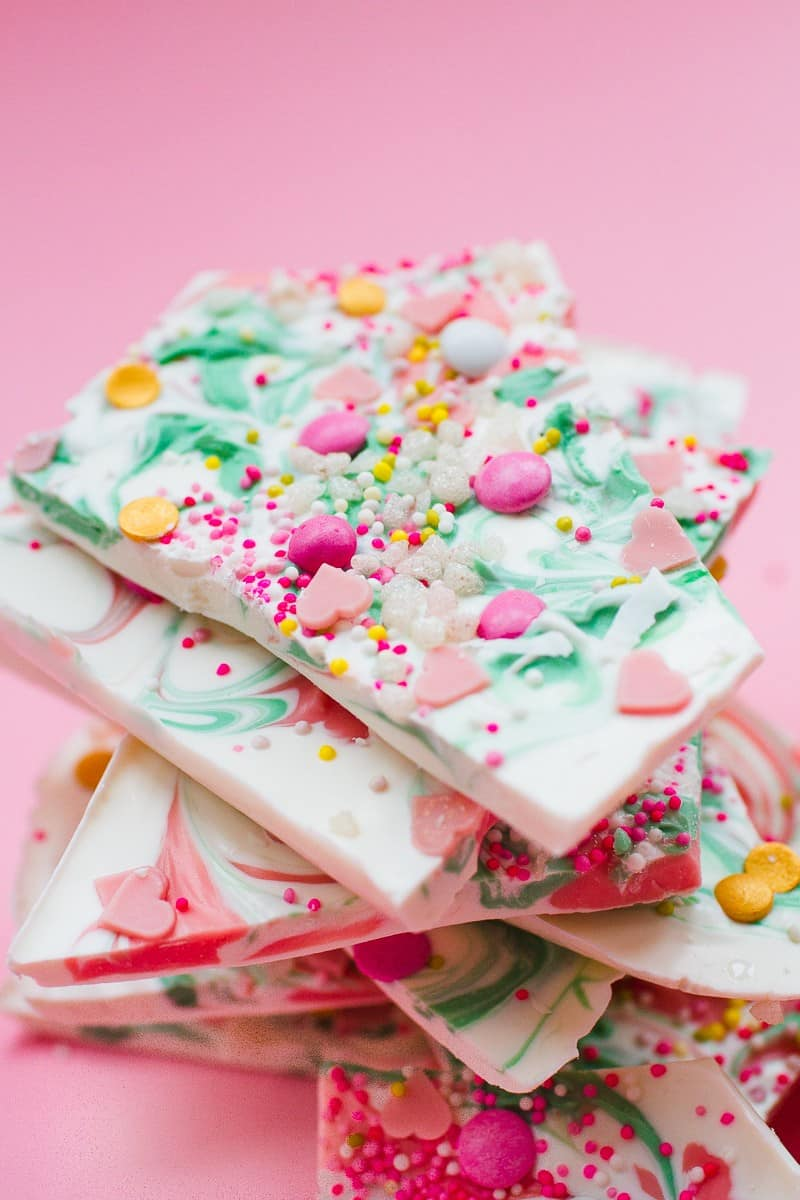 candy-bark-christmas-festive-pink-green-white-candy-melts-chocolate-bark-xmas-sprinkles-favours-4