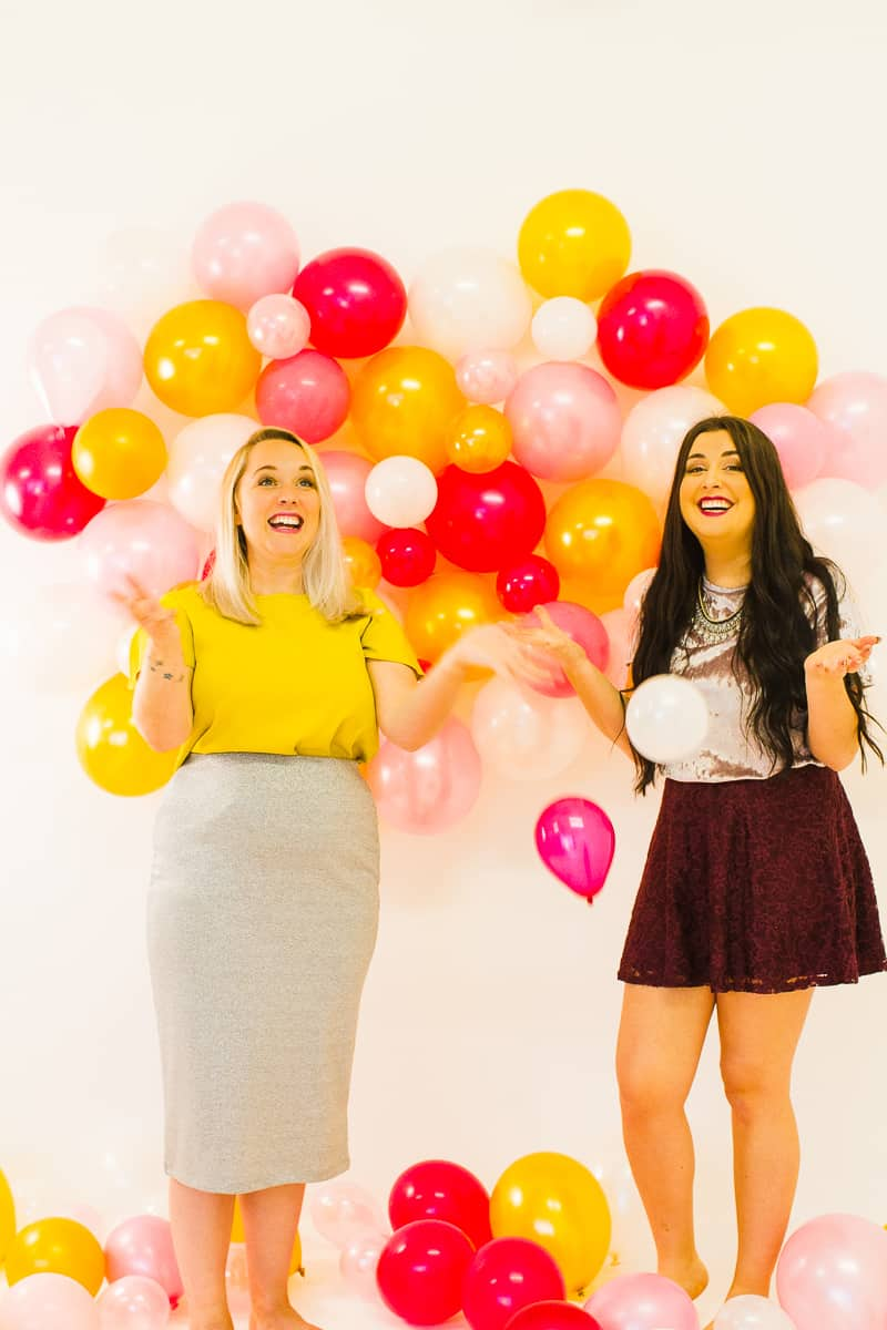 diy-balloon-backdrop-new-years-eve-photo-booth-colourful-fun-decor-ideas-tutorial-18