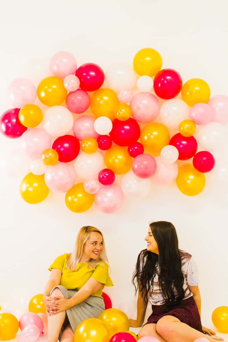 diy-balloon-backdrop-new-years-eve-photo-booth-colourful-fun-decor-ideas-tutorial-20
