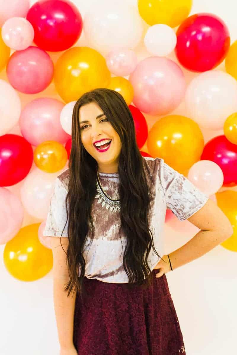 diy-balloon-backdrop-new-years-eve-photo-booth-colourful-fun-decor-ideas-tutorial-9