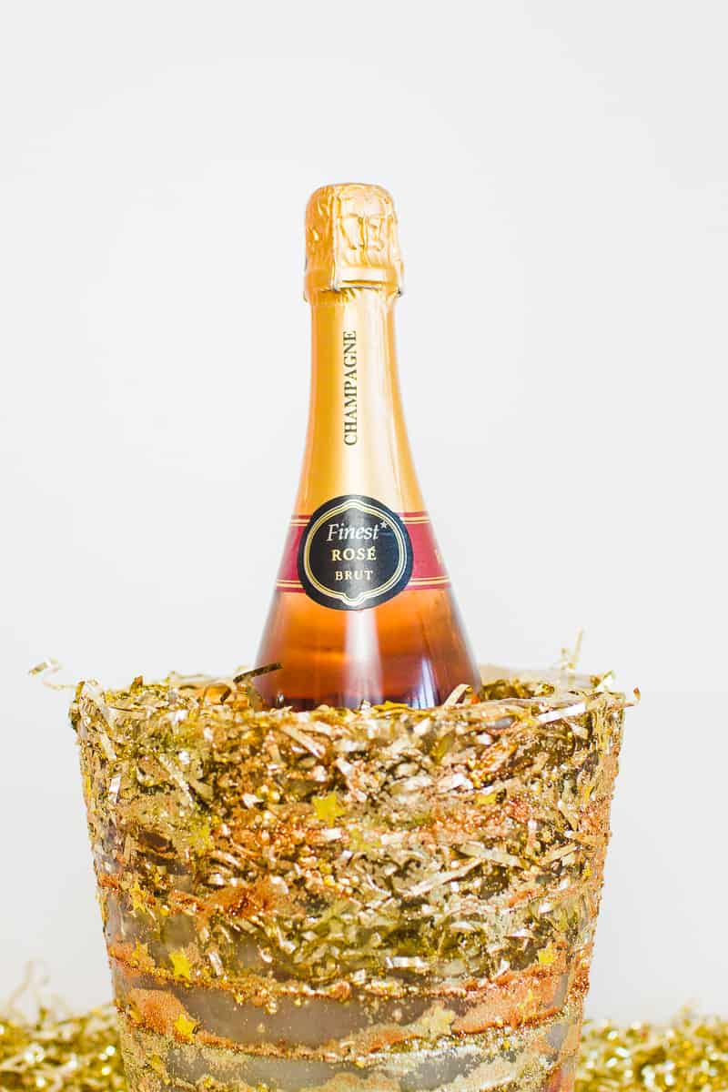 diy-glitter-ice-bucket-christmas-gold-metallic-confetti-bronze-copper-centrepiece-wine-cooler-champagne-14