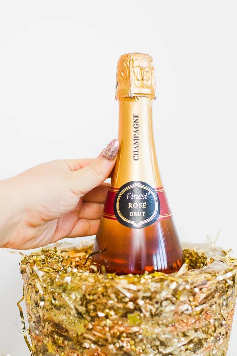 diy-glitter-ice-bucket-christmas-gold-metallic-confetti-bronze-copper-centrepiece-wine-cooler-champagne-6