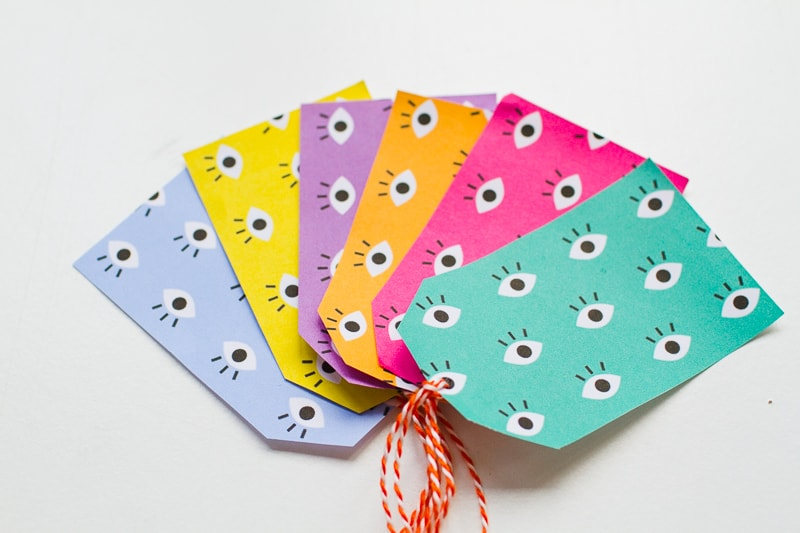 free-printable-eye-gift-tags-print-christmas-gift-wrap-colourful-fun-download-5