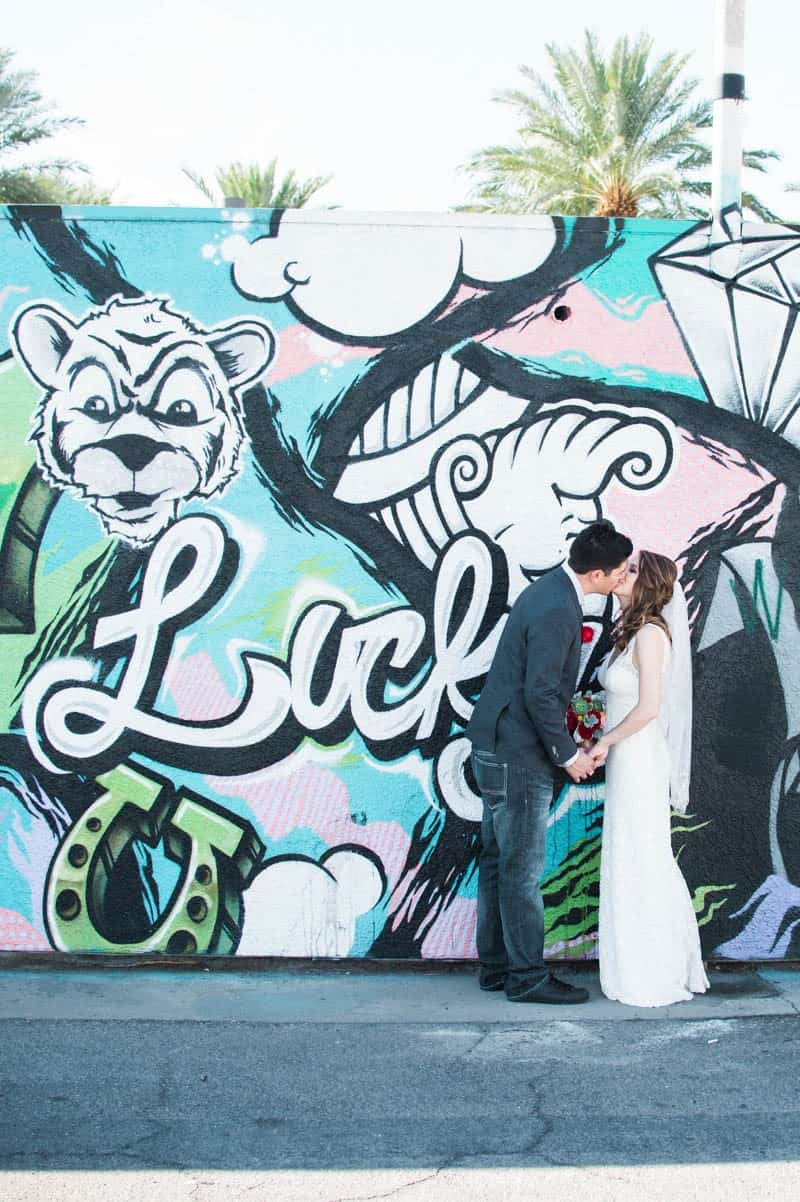 COLORFUL LAS VEGAS ELOPEMENT WITH LUNCH AT IN-N-OUT BURGER (12)