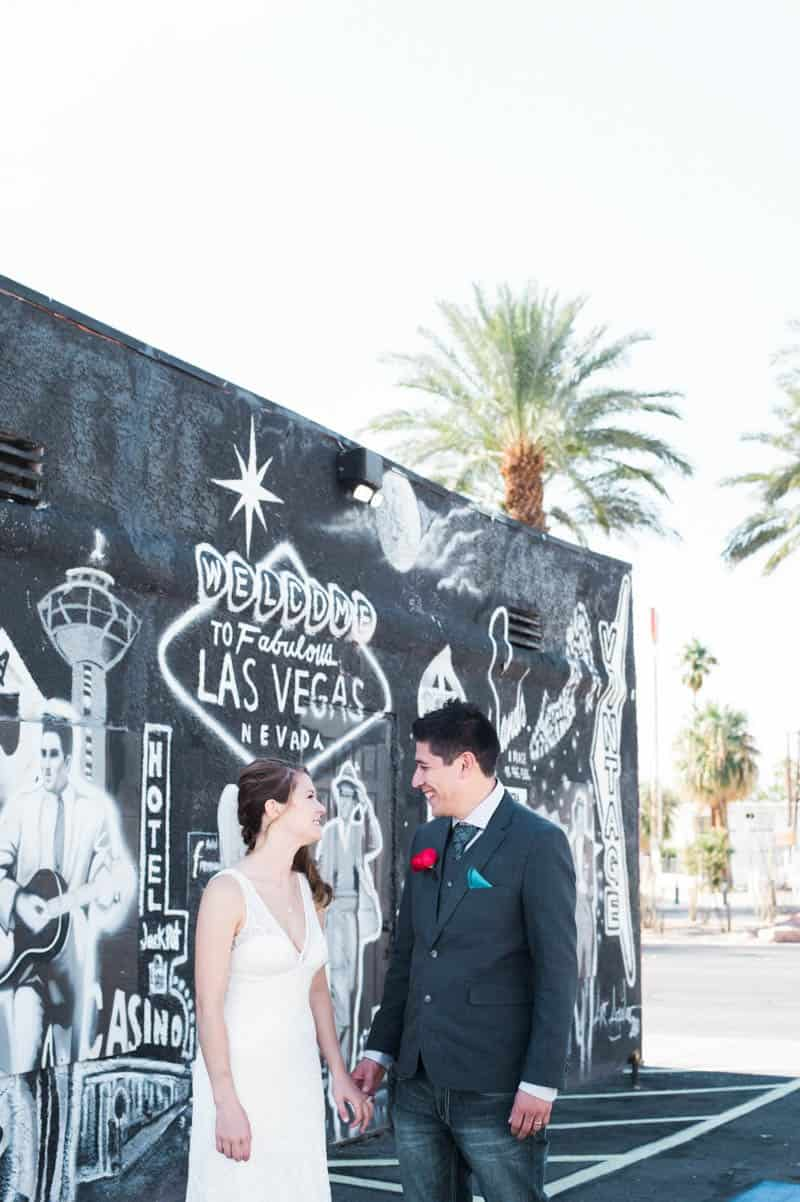 COLORFUL LAS VEGAS ELOPEMENT WITH LUNCH AT IN-N-OUT BURGER (9)