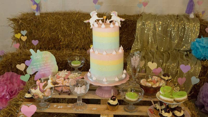 COLORFUL UNICORNS AND RAINBOWS THEMED WEDDING IDEAS (16)
