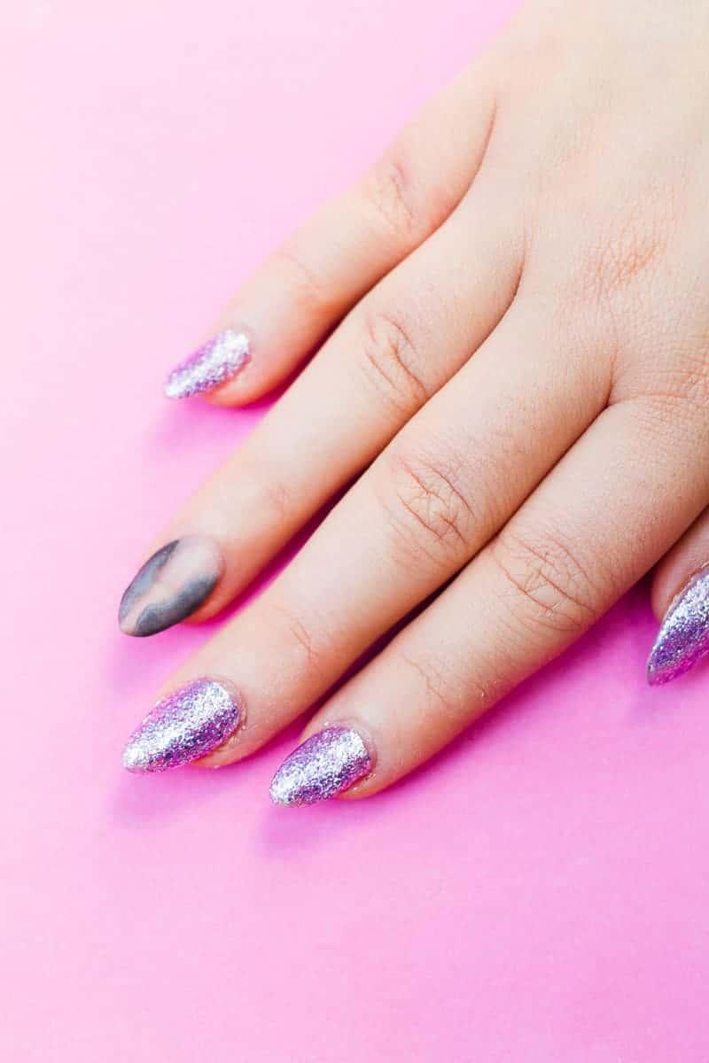 diy-geode-amethyst-nail-tutorial-diy-purple-crystal-nail-manicure-3