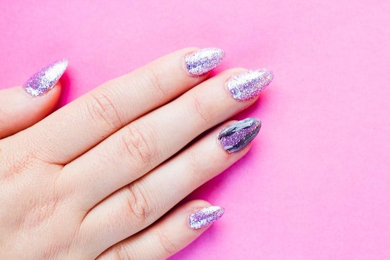 diy-geode-amethyst-nail-tutorial-diy-purple-crystal-nail-manicure-6
