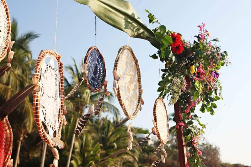 MYSTICAL VIBRANT WEDDING IDEAS IN SAYLUTIA MEXICO (5)