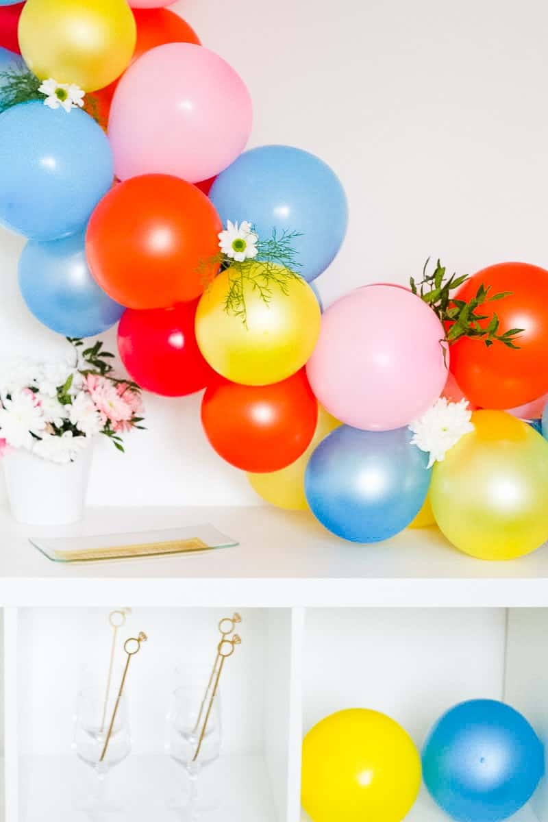 Easy Diy Balloon Garland Bespoke Bride Wedding Blog