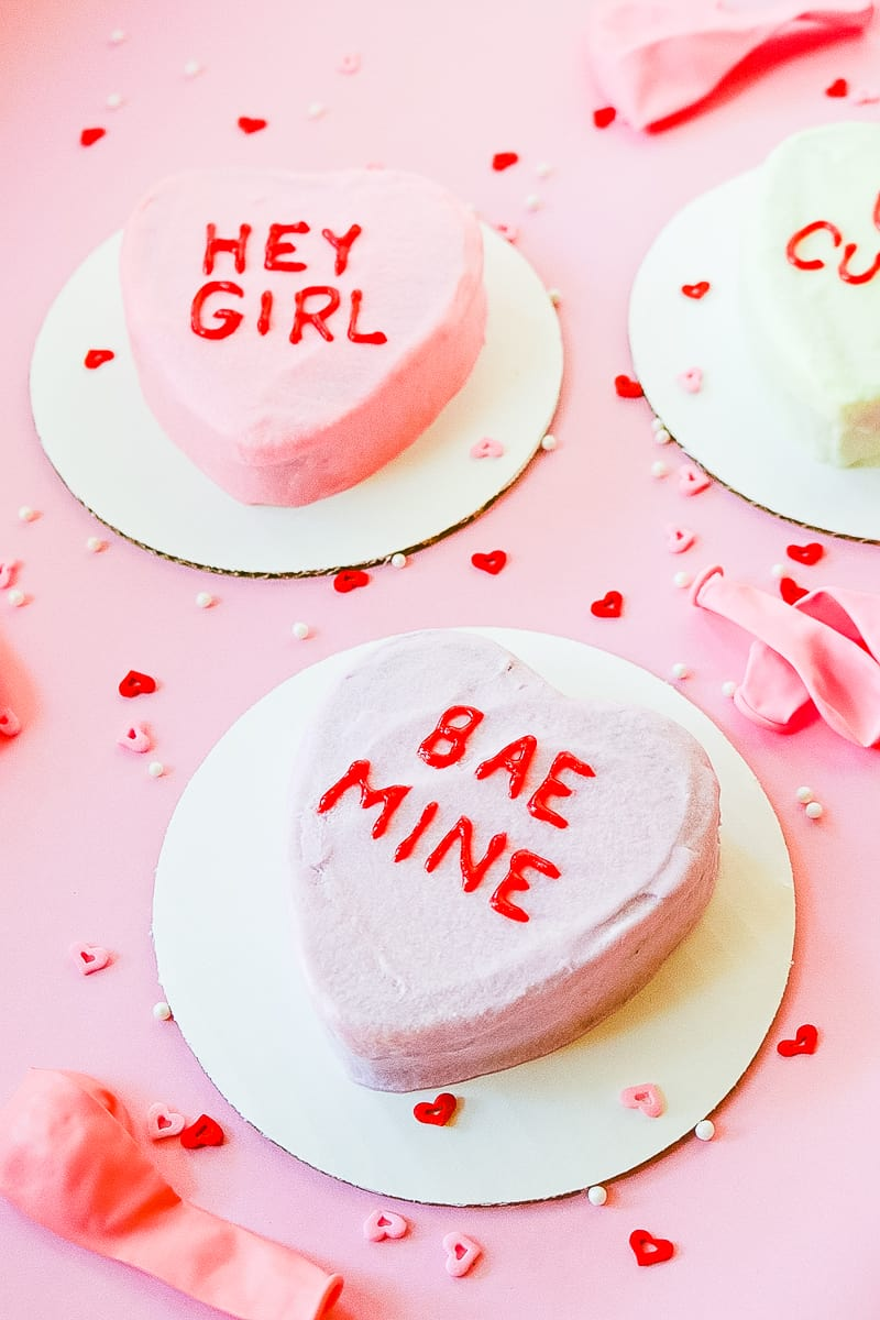 DIY Conversation heart cakes for valentines day recipe-3