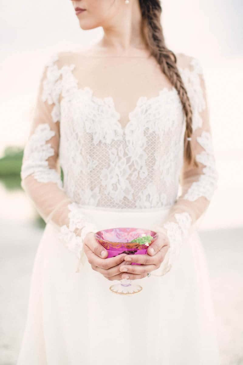HOW TO STYLE A MOROCCAN BOHO BEACH WEDDING (21)