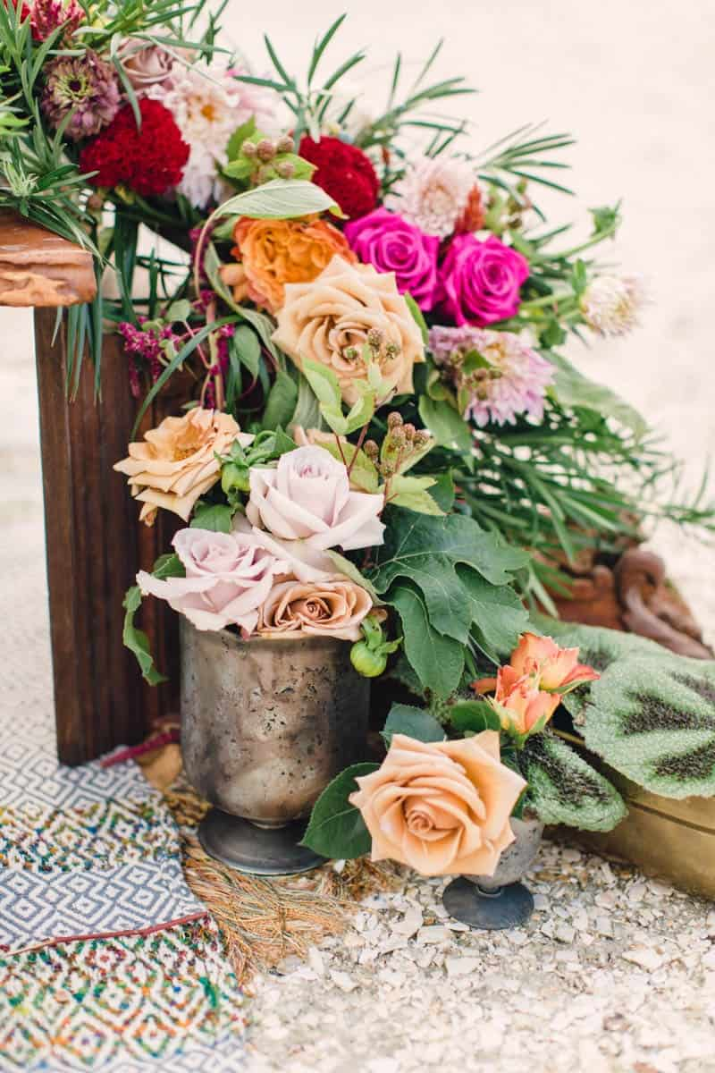 HOW TO STYLE A MOROCCAN BOHO BEACH WEDDING (23)