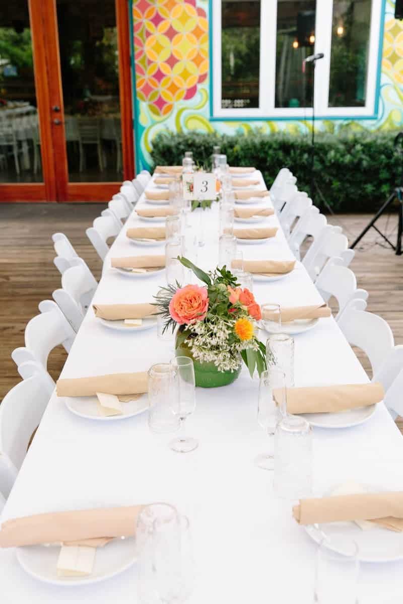 INTIMATE WEDDING IN THE COLORFUL CHARLESTON POUR HOUSE TAVERN (13)