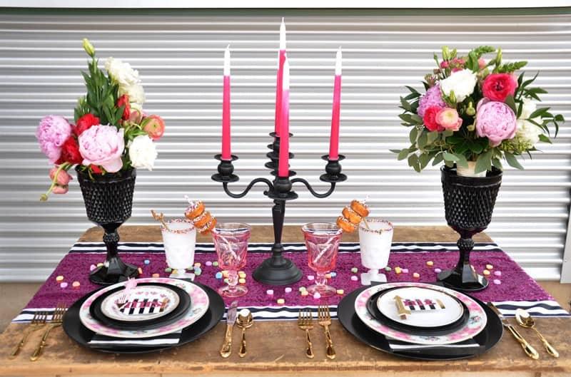 PINK, BLACK & WHITE VALENTINES DAY WEDDING IDEAS IN MUNCH FOOD PARK (5)
