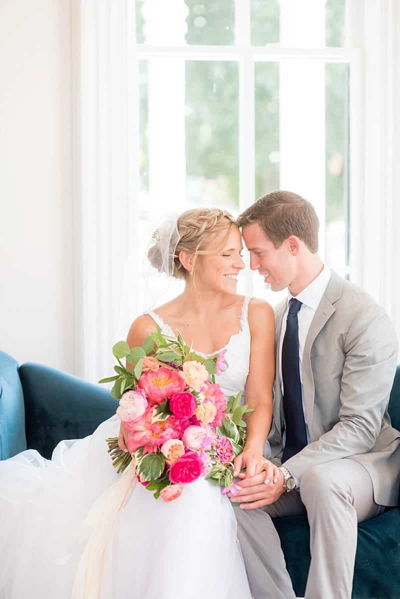 STYLISH FLORAL & FOLIAGE MERRIMON WYNNE HOUSE WEDDING (1)