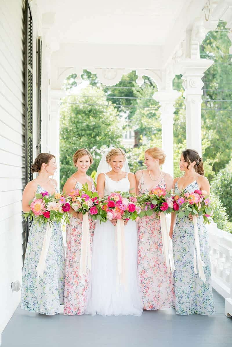 STYLISH FLORAL & FOLIAGE MERRIMON WYNNE HOUSE WEDDING (8)