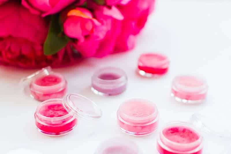 DIY Lip Balm Favours Wedding Hen Party Bachelorette Bridal Shower Girlie Cheap Easy Fun Coconut Oil Lip Gloss Lip stick-7