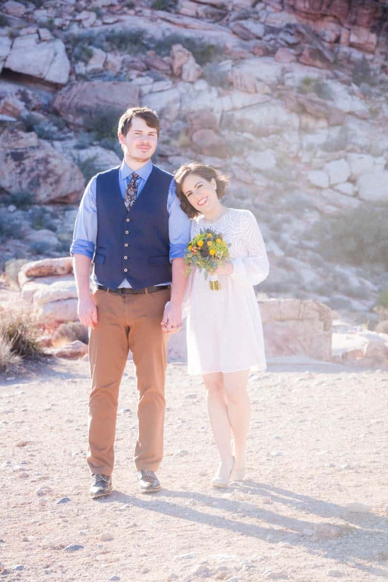 INTIMATE-DESERT-WEDDING-AT-RED-ROCK-CANYON-LAS-VEGAS (12)