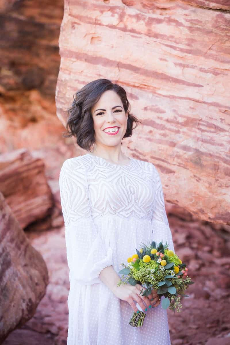 INTIMATE-DESERT-WEDDING-AT-RED-ROCK-CANYON-LAS-VEGAS (14)
