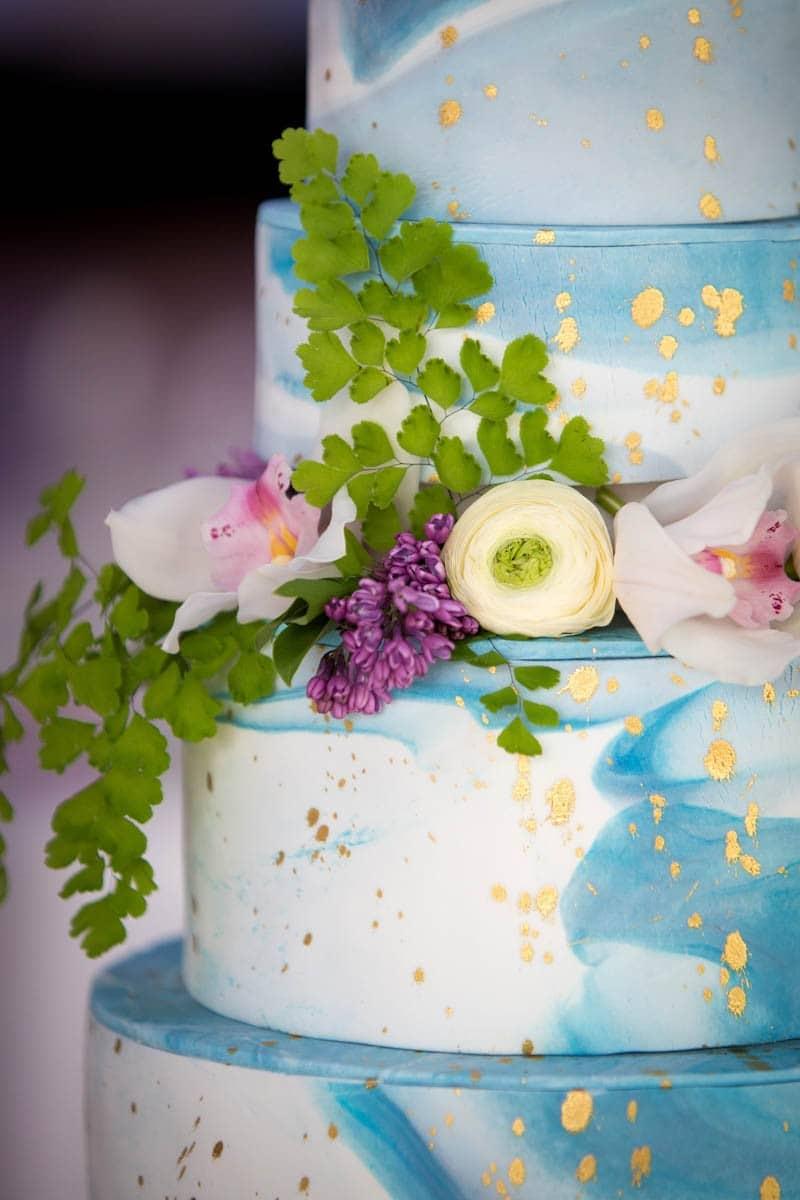 UNIQUE PANTONE WATERCOLOR WEDDING IDEAS (13)
