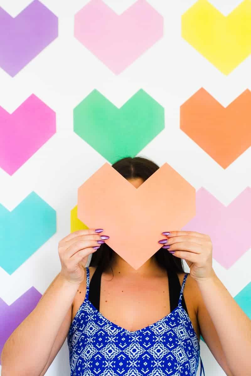 Easy DIY Backdrop Altar Paper Colourful Fun Geometric Heart Tutorial-7