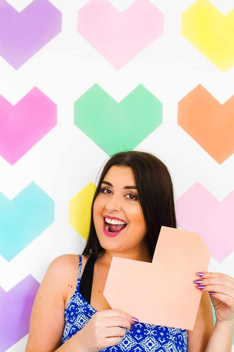 Easy DIY Backdrop Altar Paper Colourful Fun Geometric Heart Tutorial-8