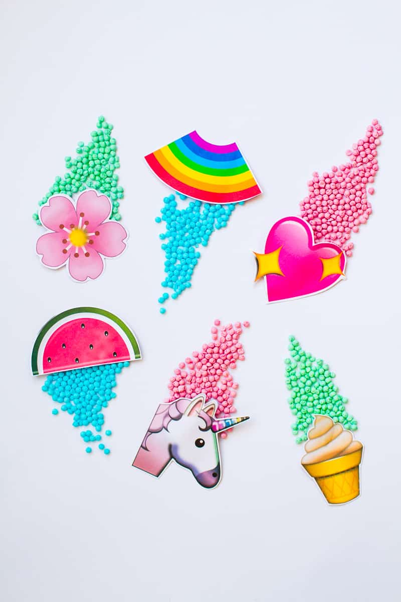 Emoji Favour Bags Pouches Candy Confetti Sweets Fun Unique Favour Ideas Printable Free Download-12