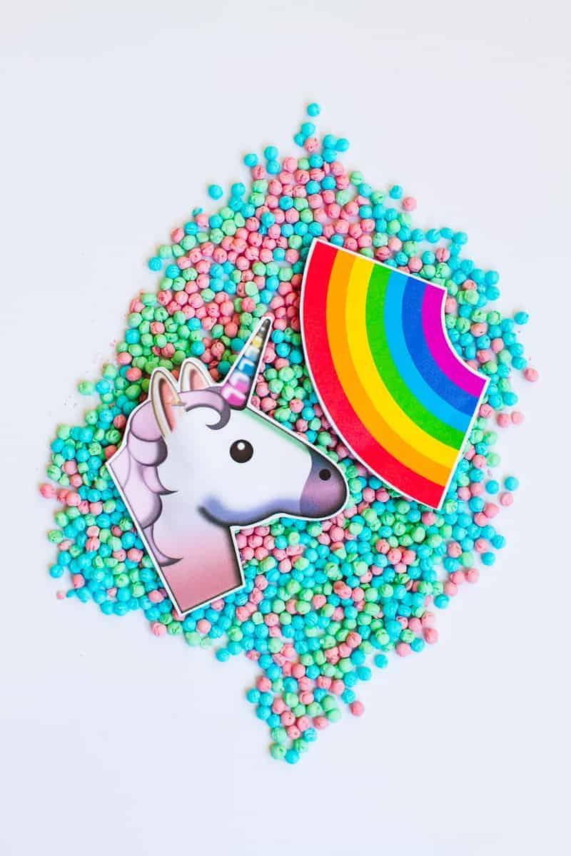 Emoji Favour Bags Pouches Candy Confetti Sweets Fun Unique Favour Ideas Printable Free Download-19