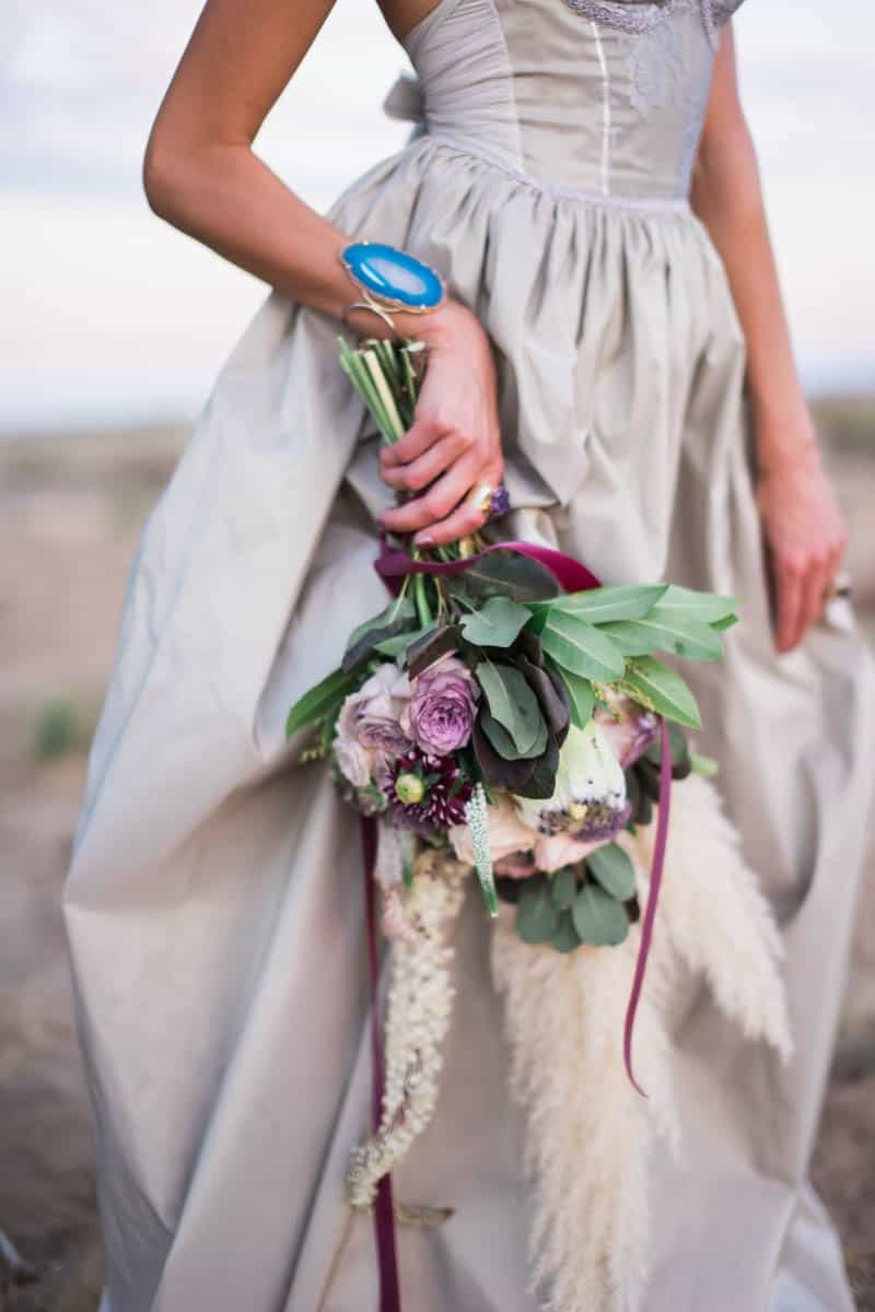 RUSTIC BOHO CRYSTAL WEDDING IDEAS WITH AMETHYST QUARTZ (19)