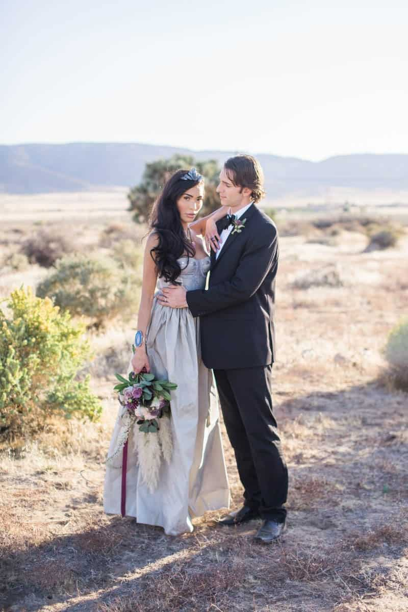 RUSTIC BOHO CRYSTAL WEDDING IDEAS WITH AMETHYST QUARTZ (4)
