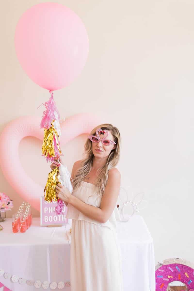 UNIQUE PHOTO BOOTH STYLING IDEAS FOR A WEDDING BACHELORETTE OR HEN PARTY (13)
