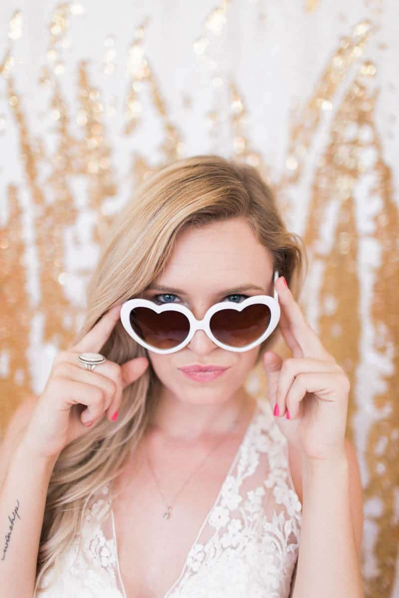 UNIQUE PHOTO BOOTH STYLING IDEAS FOR A WEDDING BACHELORETTE OR HEN PARTY (26)