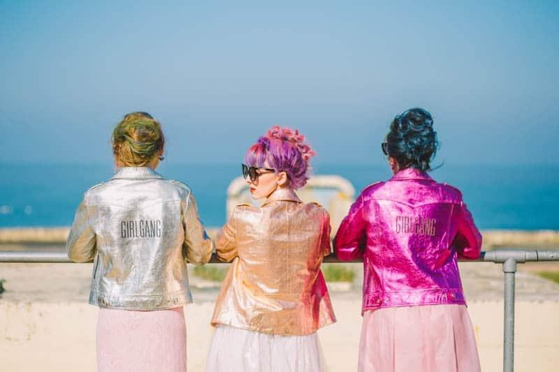 ALTERNATIVE UNIQUE ROCK N ROLL WEDDING DRESSES FOR BAD ASS BRIDES (12)