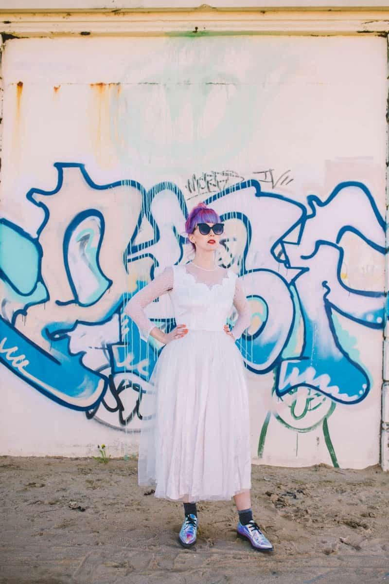 ALTERNATIVE UNIQUE ROCK N ROLL WEDDING DRESSES FOR BAD ASS BRIDES (23)