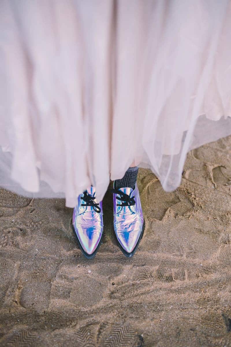 ALTERNATIVE UNIQUE ROCK N ROLL WEDDING DRESSES FOR BAD ASS BRIDES (24)