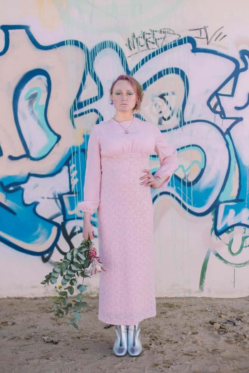 ALTERNATIVE UNIQUE ROCK N ROLL WEDDING DRESSES FOR BAD ASS BRIDES (34)
