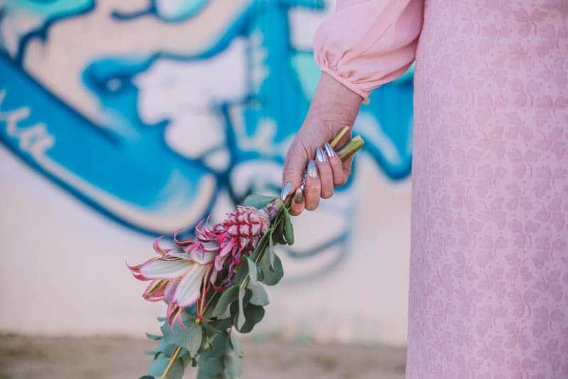 ALTERNATIVE UNIQUE ROCK N ROLL WEDDING DRESSES FOR BAD ASS BRIDES (37)