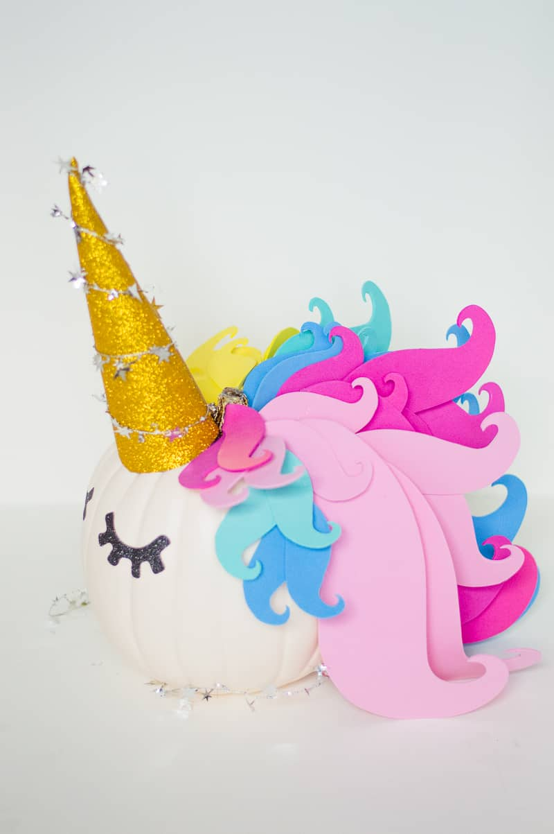 Pop Up Paint Booth >> DIY NO CARVE UNICORN PUMPKIN FOR YOUR HALLOWEEN DECOR | Bespoke-Bride: Wedding Blog