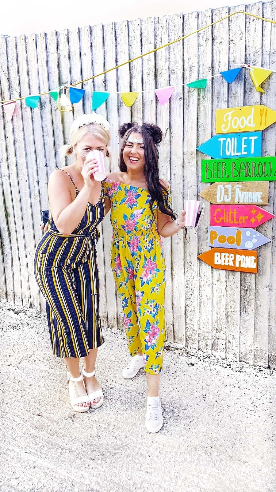 Diy Festival Arrow Signs For Your Wedding Decor Bespoke