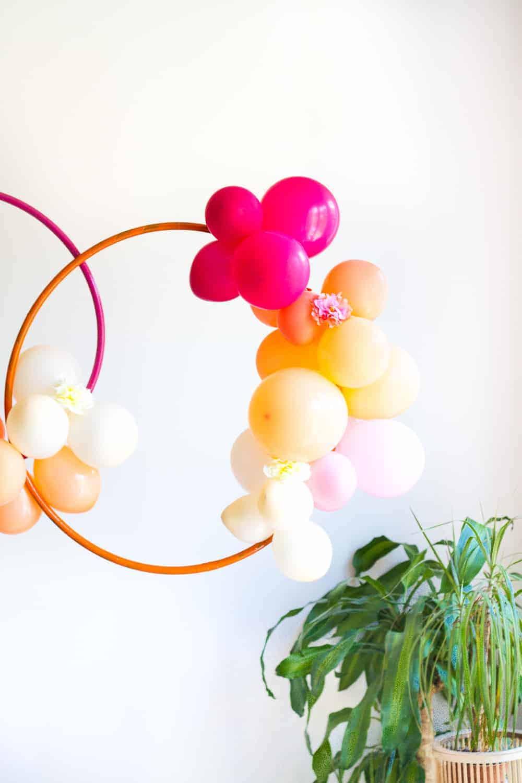 Diy Hula Hoop Balloon Wreath Bespoke Bride Wedding Blog
