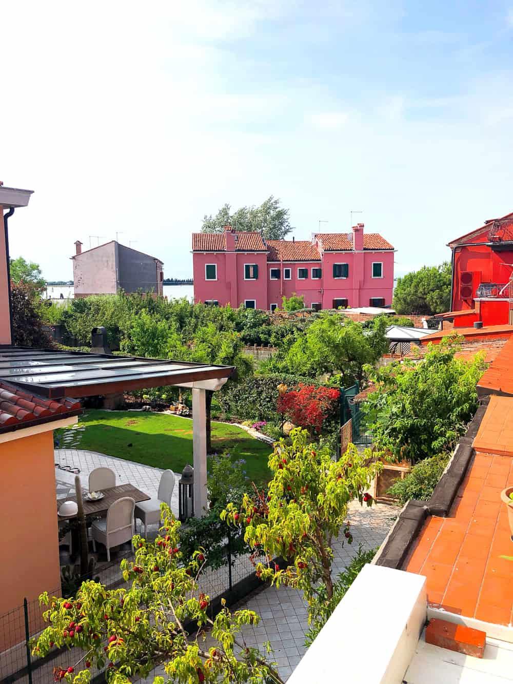 EMILY'S CLASSY ITALIAN HEN PARTY IN BURANO, VENICE | Bespoke