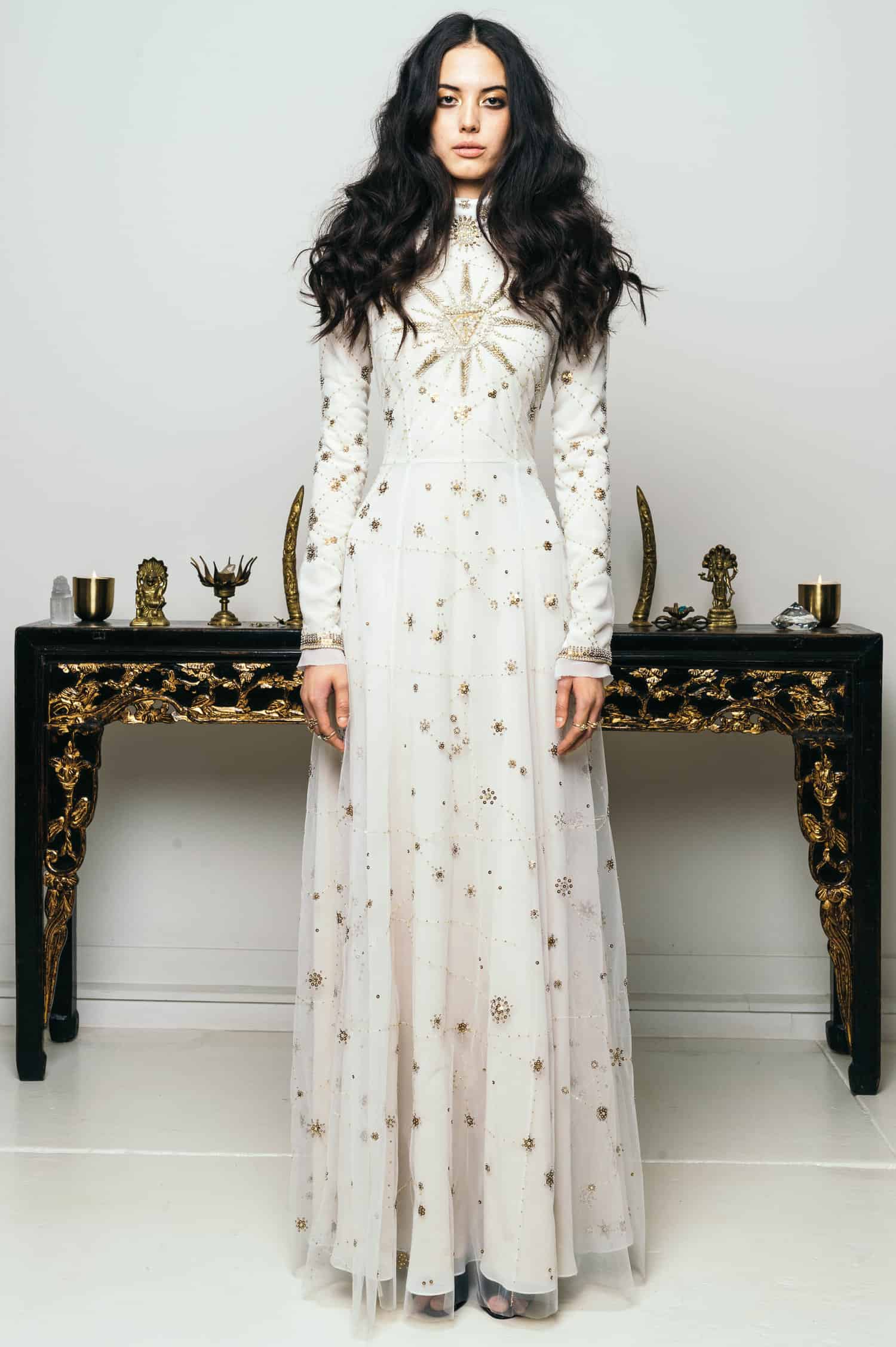 cucculelli-shaheen-constellation-galaxy-themed-wedding-dress