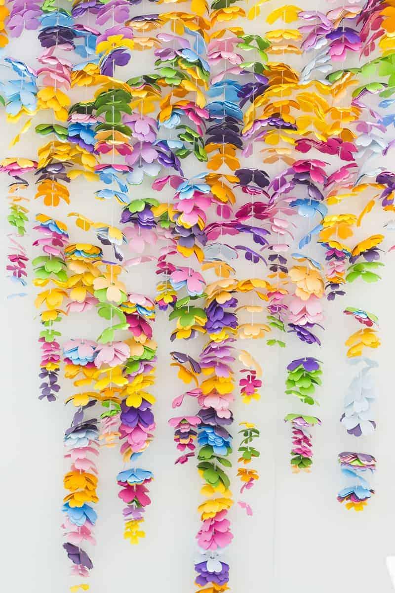 DIY Paper Cascading Flower Backdrop make your own cricut tutorial